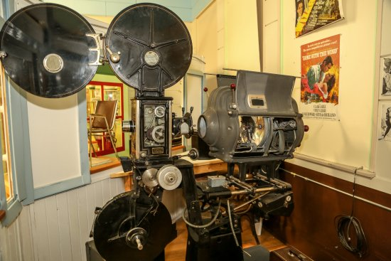 Coleman, Καναδάς: Original projector from Rex Theatre in Bellevue