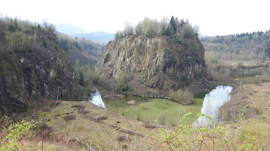 Sonnenhotel Wolfshof: De voormalige steengroeve, aan de natuur terug gegeven