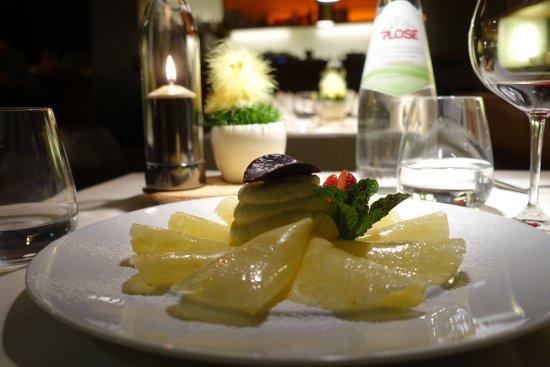 Hofstaetter: Ananas Carpaccio