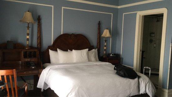 The Oxford Hotel: photo1.jpg