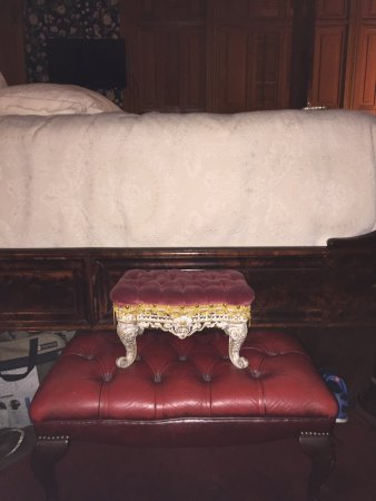Delavan, WI: My makeshift footstools