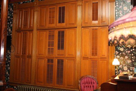 Delavan, WI: Privacy shutters