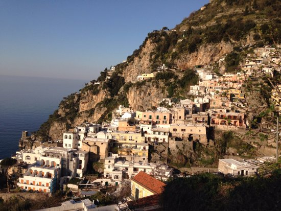 Positano Art Hotel Pasitea: Morning view from our terrace.