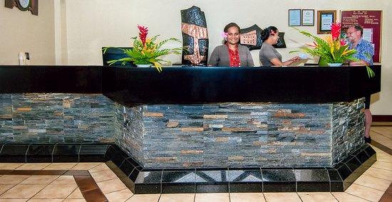 Tanoa Waterfront Hotel: Main Reception