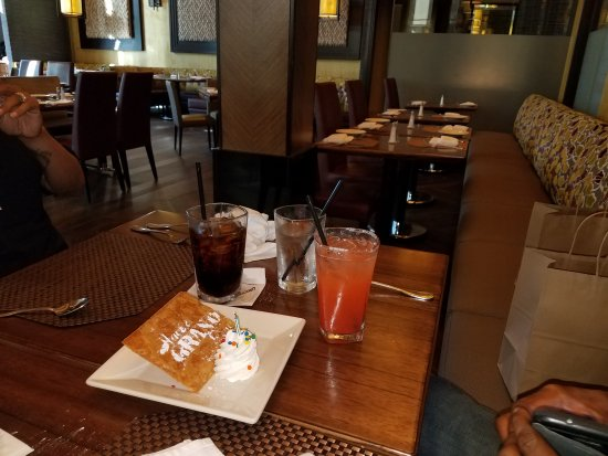 Grand lux cafe austin restaurant reviews phone number for 11506 century oaks terrace