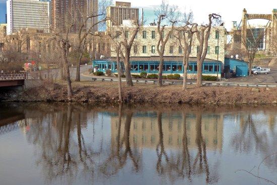 Nicollet Island Inn: Nicollet Inn seen from across the river.