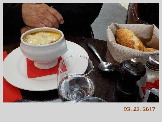 La Source: French onion soup - VERY cheesy