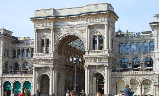 Terrazza Campari Arco D Ingresso Alla Galleria Terrazza