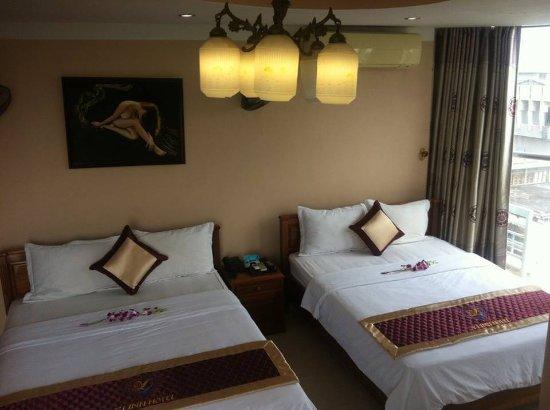 Y Linh Hotel