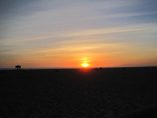 Bolsa Chica State Beach: Sunset from bike path