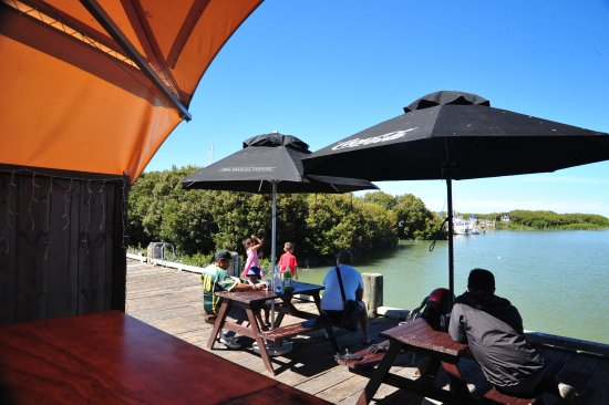 The Wharf Coffee House and Bar: Watch the sea birds and wait for a glorious sunset