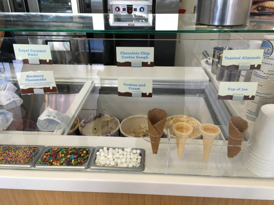 San Mateo, CA: Inside The Shop