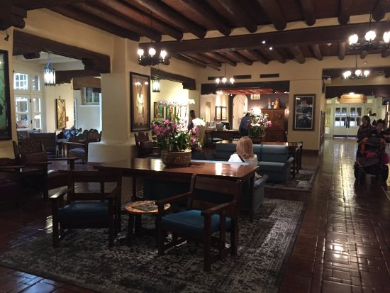 La Fonda on the Plaza: Lobby