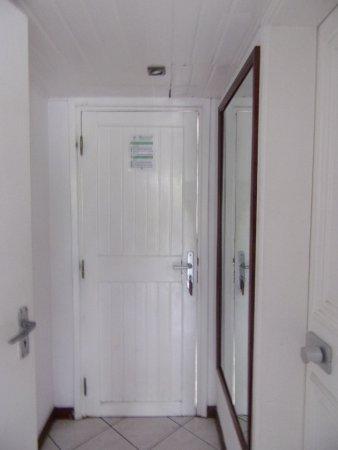 evacuation wc elegant wc suspendu evacuation horizontale. Black Bedroom Furniture Sets. Home Design Ideas