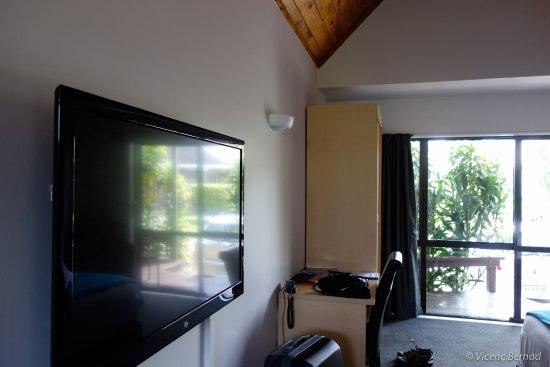 Omapere, Nuova Zelanda: Flatscreen
