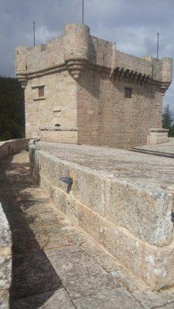 มอนดาริซ, สเปน: Torre del castillo