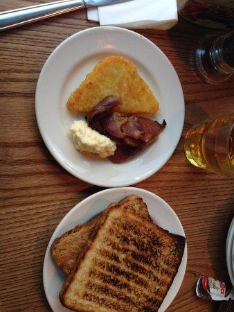 Premier Inn London Euston Hotel: Colazione salata, cibo ottimo!