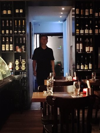 Chez Patrick Deli Star Street: Intimate atmosphere