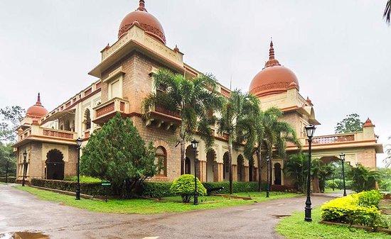 Shivavilas Palace Hotel HAMPI