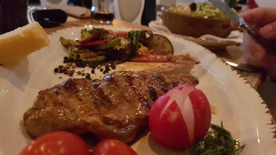Steakhouse Grill, Fish & Meat: So much taste in this piace of meat (vela steak) , a juicy grilled vegetables