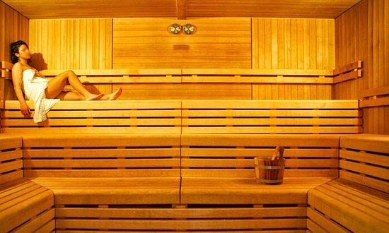 Roman Sport City: Sono le foto della Spa, della facciata esterna e dell'entrata interna