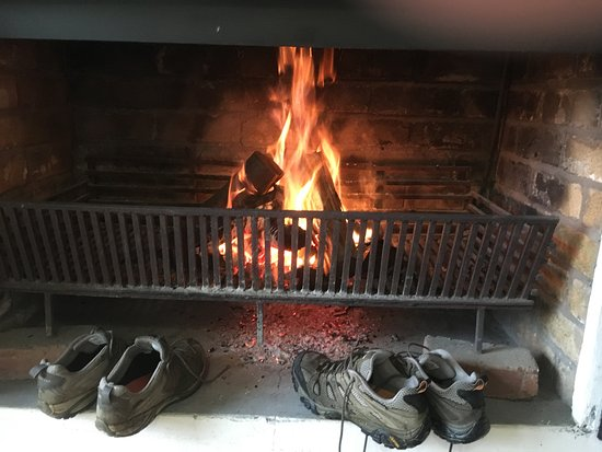Balgowan, South Africa: Shoes drying by the fire in our verandah room