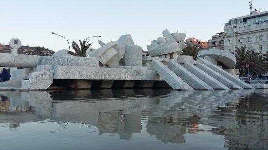 La Fontana Nave di Cascella
