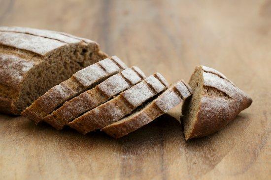 Sarrians, France : Le pain de seigle