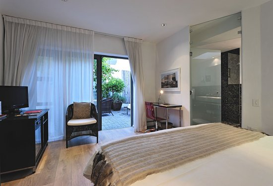 """Dysart Boutique Hotel: Deluxe Double Room """"Patio"""""""