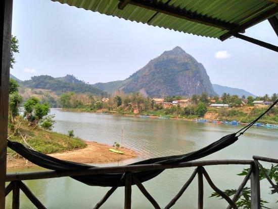 Nam Houn Riverside Guesthouse