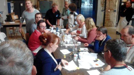 Ulft, Holandia: Workshop kennismaken met emailleren, franse toeristen ad slag