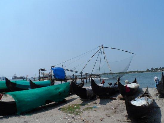 Fort Kochi Beach: Chinese nets