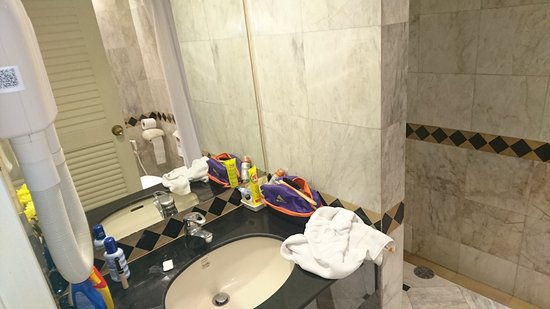 Buddy Lodge Hotel: TA_IMG_20170406_175411_large.jpg