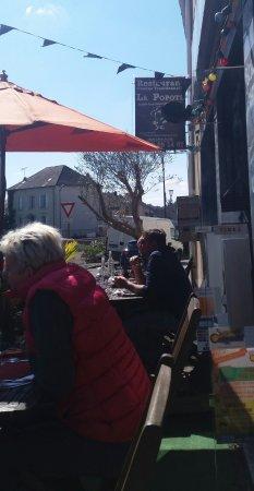 Saint-Yrieix-la-Perche, France: aril avec les parasols