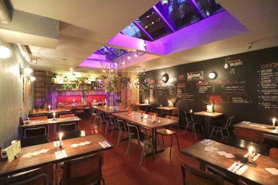 Goede Tuin 10, Amsterdam - Centrum - Restaurant Reviews, Photos QC-09