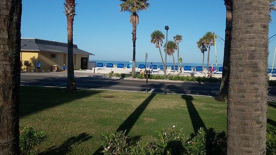 Pelican Pointe Hotel and Resort: 20170328_084844_large.jpg
