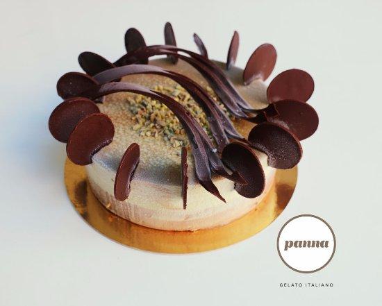 Pistache Cafe Vanille Et Decor En Chocolat Picture Of Panna