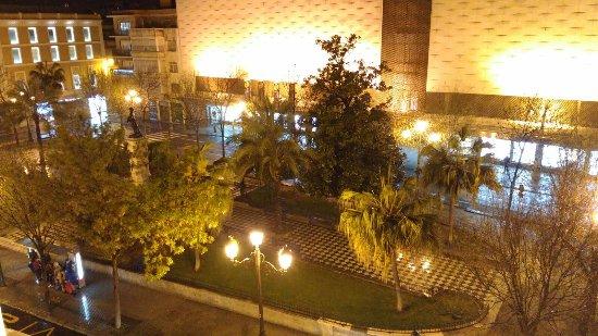 Hotel Derby Sevilla: vista sulla piazza