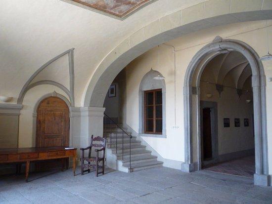 Villa Mausolea: L'atrio della Mausolea di Partina