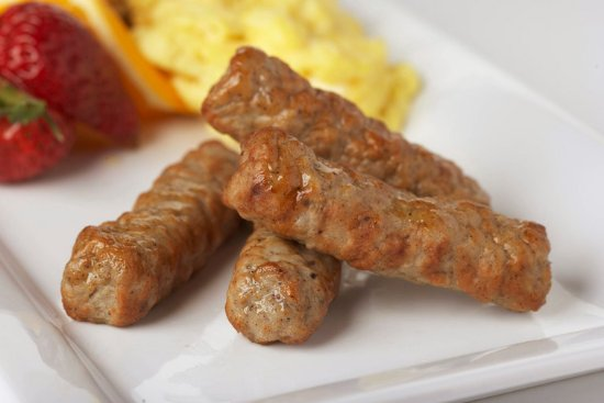 Rockdale, TX: Free Hot Breakfast every morning includes yummy sausage