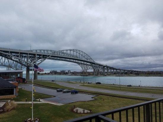 Blue Water Bridge: day