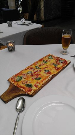 Abaca Restaurant : pizza
