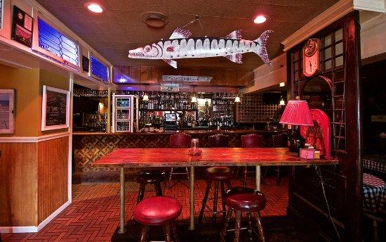 Stevensville, MI: Cranberry Bog Bar