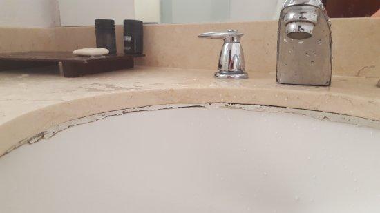 Hotel Tamaca Beach Resort: 20170404_092411_001_large.jpg