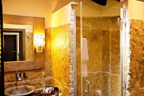 Casa Pinto: Casa de Banho Dili