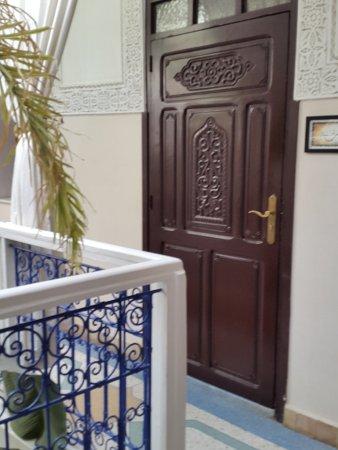 Riad Abaca Badra: porta di una camera del piano superiore