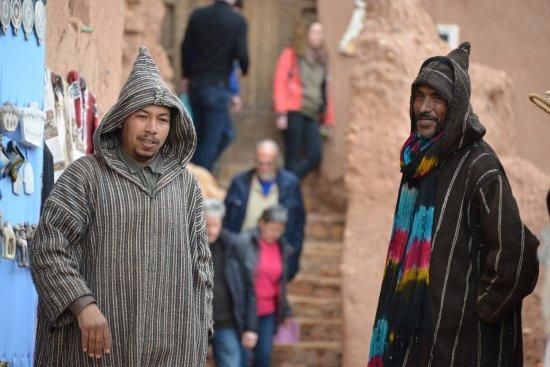 El Kelaa, Marruecos: N aturales del lugar