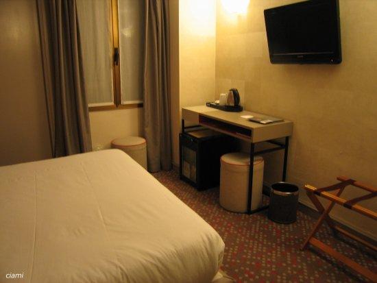 Hotel Touraine Opera : ホテル・トゥレーヌ・オペラ