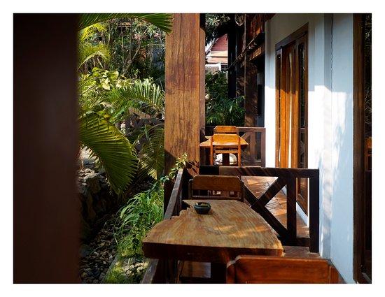 Muang Thong Hotel Photo