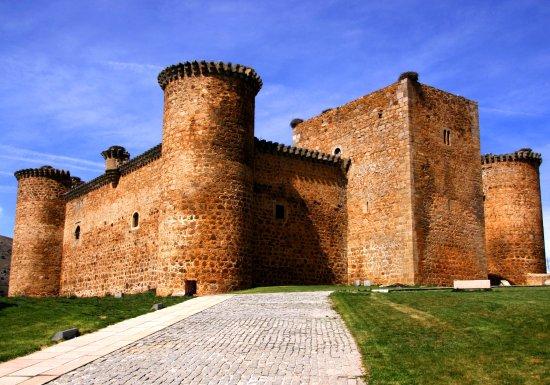 El Barco de Avila, Spain: Castillo de Valdecorneja
